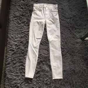 Gap High Waisted Skinny Jean   Size: 26   White